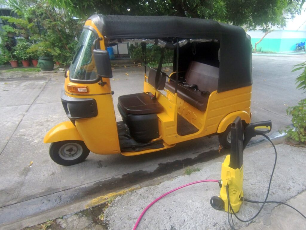 cleaning your bajaj RE