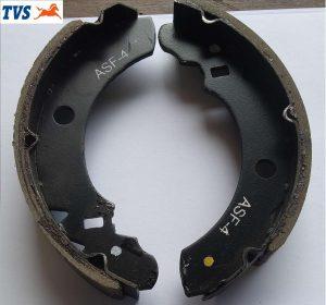 TVS KING Brake Shoes (AA) Genuine TVS Part G4110140