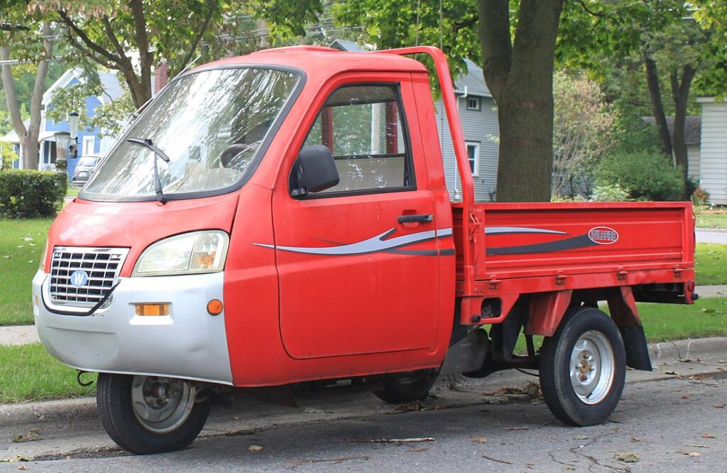 Wildfire three-wheeler pick-up
